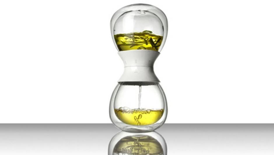 tea-time-hourglass-tea-steeper-2
